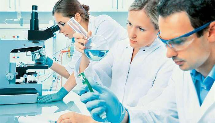 mikrobiologoi