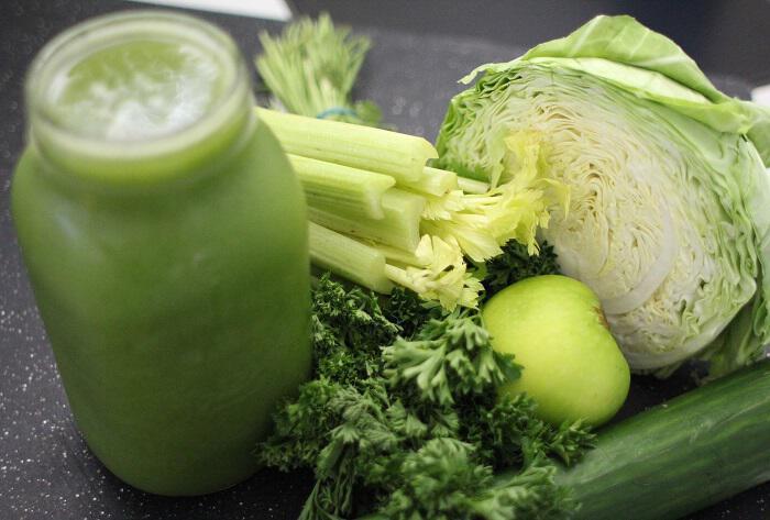 Πράσινος χυμός καθαρίζει και προστατεύει νεφρά και λέμφο
