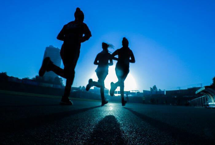 30 λεπτά άσκησης αδυνατίζουν περισσότερο από μία ώρα