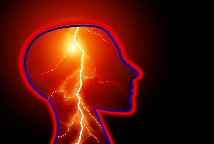 7 ασυνήθιστες αιτίες που προκαλούν πονοκέφαλο