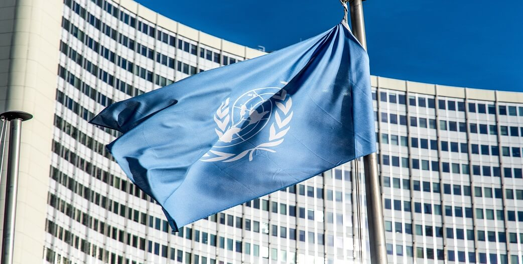 O ΟΗΕ καταγγέλλει παραβίαση των ανθρωπινών δικαιωμάτων με πρόσχημα την πανδημία